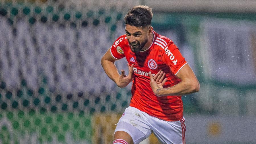 Yuri Alberto está fora do próximo jogo após receber o terceiro amarelo - LIAMARA POLLI/DIA ESPORTIVO/ESTADÃO CONTEÚDO