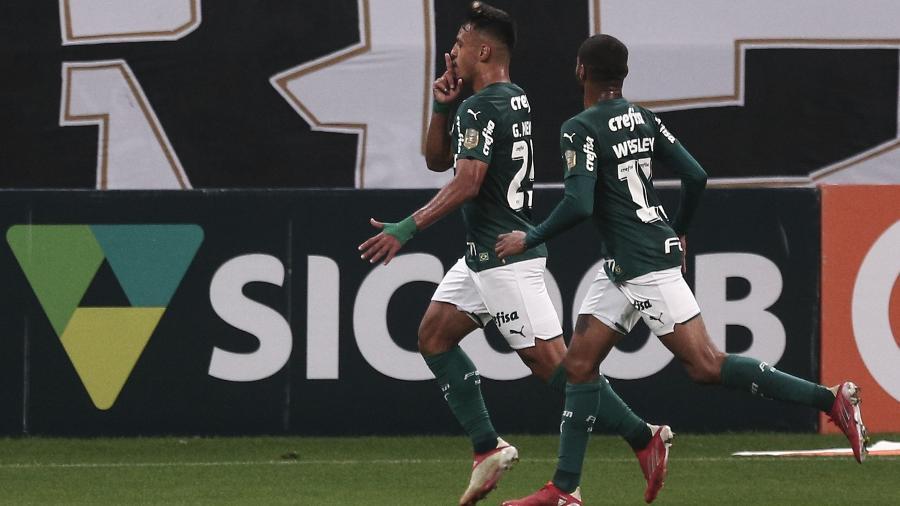 Gabriel Menino comemora gol contra o Corinthians - Ettore Chiereguini/AGIF