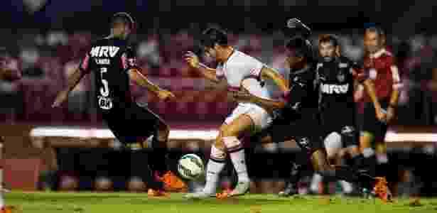 Alexandre Pato enfrentou o Atlético-MG duas vezes em 2015, ambas pelo Brasileirão - Rubens Cavallari/Folhapress