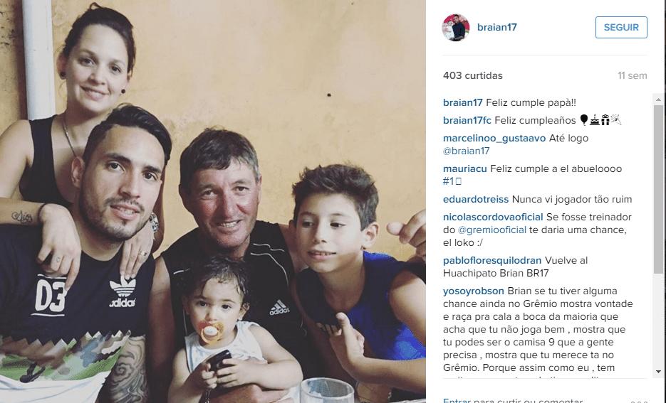 Braian comemora aniversário em família, no Grêmio