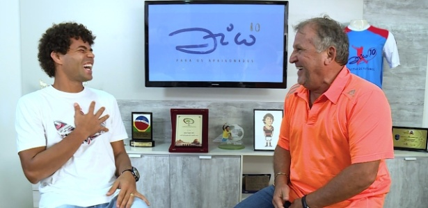 Camisa 10 do Botafogo, Camilo se diverte com Zico em entrevista ao ídolo do Flamengo