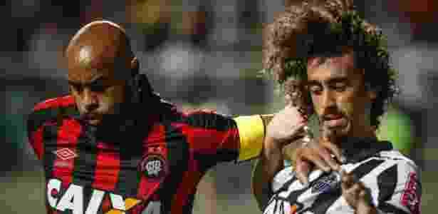 Thiago Heleno será poupado no duelo com o Sport, no Recife - Thomás Santos/AGIF