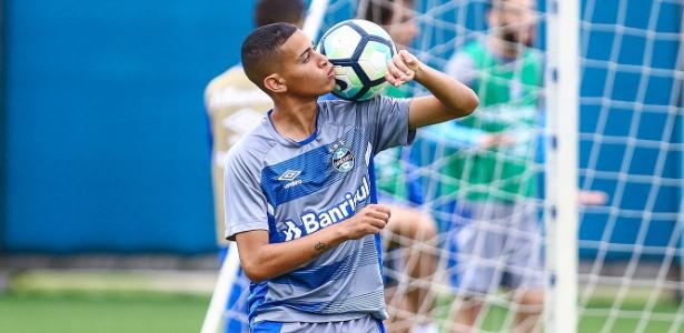 Patrick (foto) e Jael disputam vaga. Cristian e Cícero estão garantidos - Lucas Uebel/Divulgação Grêmio