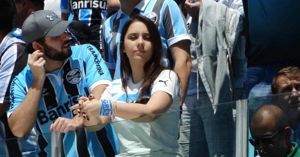 Torcida enche Arena para comemorar o título da Libertadores do Grêmio