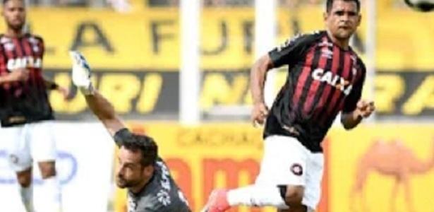 Ederson garantiu o primeiro lugar do Grupo B com gol em Cascavel