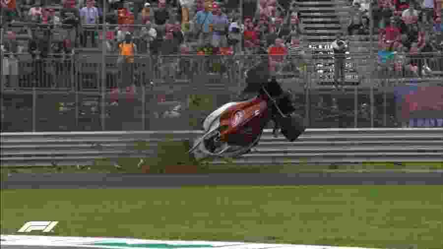Ericsson capota durante treino livre do GP de Monza - Reprodução