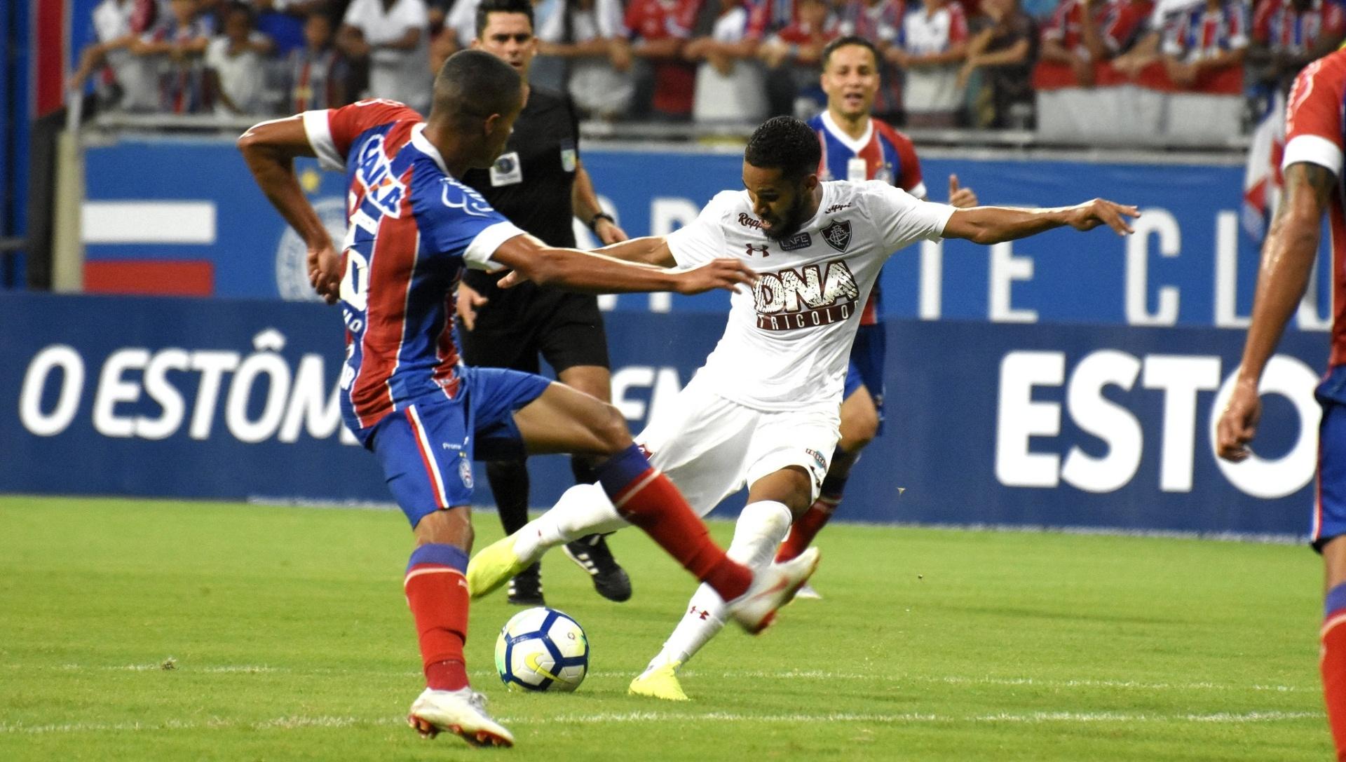 5d93c921a0 Sexto jogo sem vitória  Flu perde para o Bahia e fica a 4 pontos da degola  - 22 11 2018 - UOL Esporte