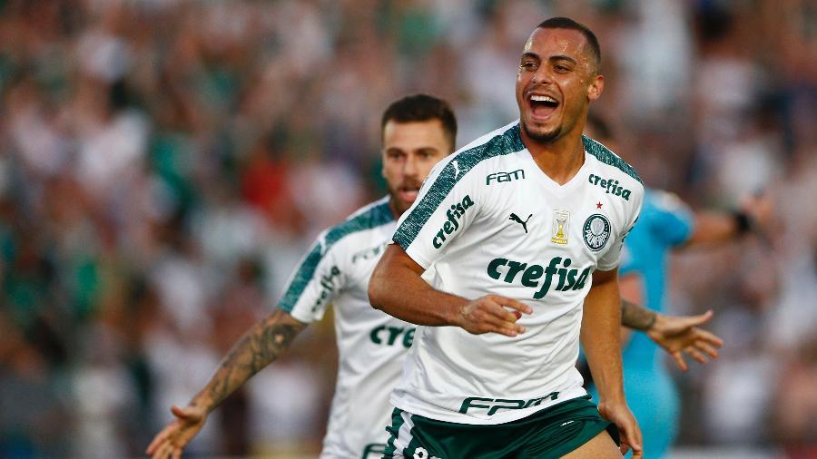 Arthur Cabral foi negociado com o Basel em acordo que terá pagamentos até dezembro de 2021 - Thiago Calil/AGIF