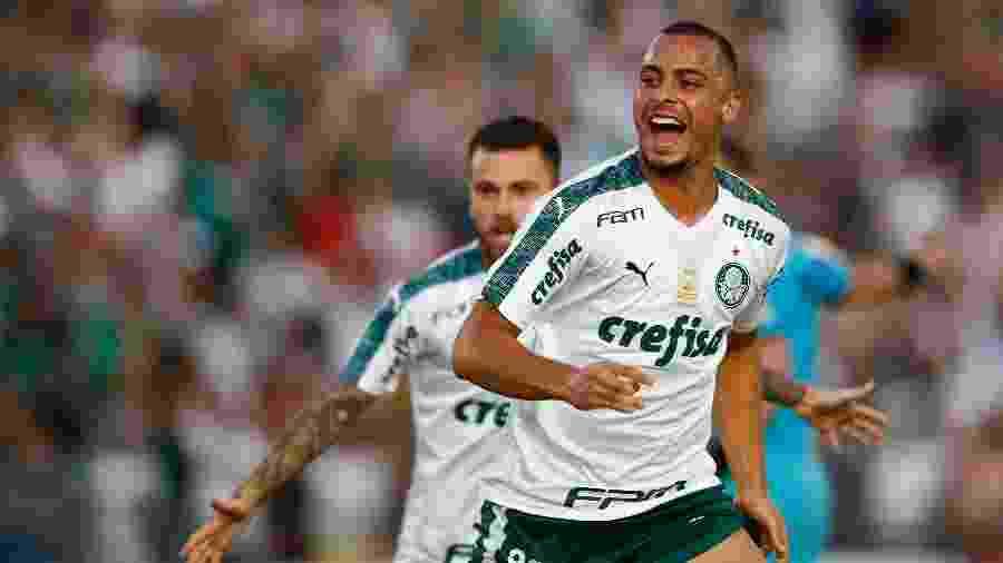 Arthur Cabral comemora gol para o Palmeiras diante do Novorizontino no Paulistão 2019 - Thiago Calil/AGIF