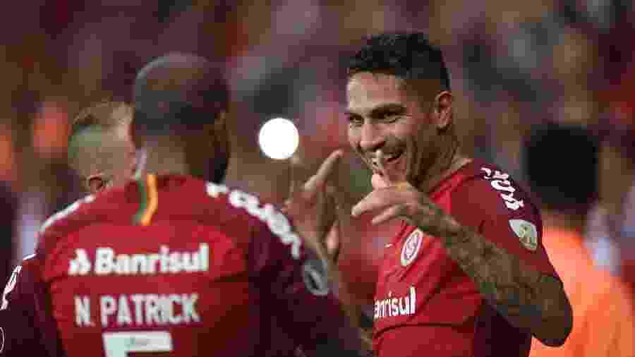 Paolo Guerrero começa a partida de logo mais contra o CSA no Beira-Rio - Ricardo Duarte/Inter