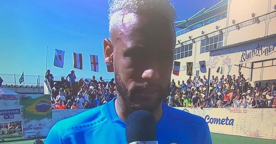 Neymar em evento no Instituto que leva seu nome