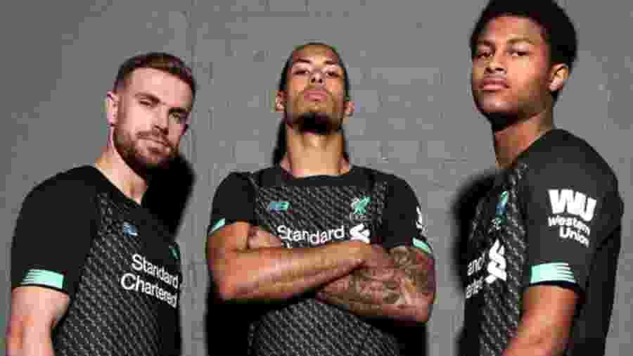 Liverpool estreará novo uniforme já neste domingo - Divulgação/Liverpool