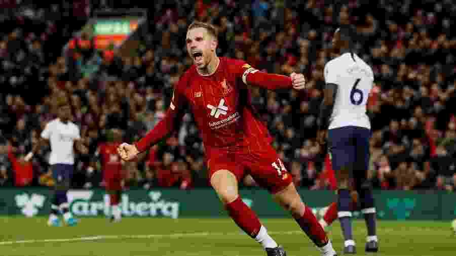 Henderson sofreu lesão na última partida do Liverpool e perderá final da temporada - Phil Noble/Reuters