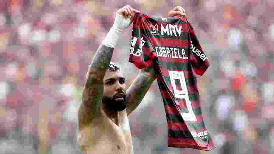 Sucesso em 2019, camisas do Flamengo se esgotaram em diversas lojas. Adidas ainda discute o que fazer diante da demanda - Pilar Olivares/Reuters