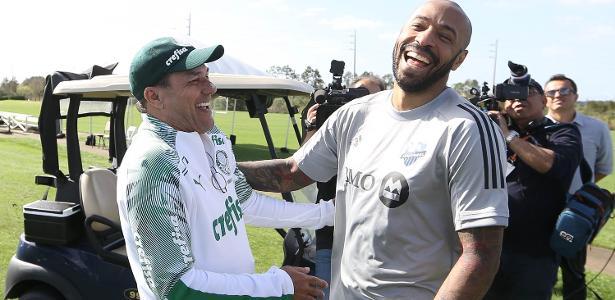 Com visita de Thierry Henry, Palmeiras realiza último treino aberto nos EUA