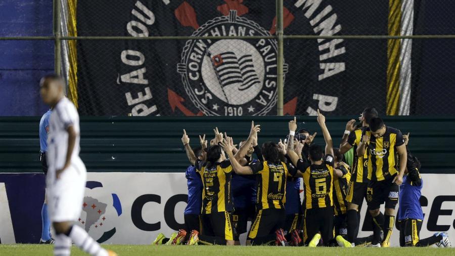 Guaraní, do Paraguai, que eliminou co Corinthians em 2015 e em 2020 da Libertadores, apresentou casos positivos - Jorge Adorno/Reuters
