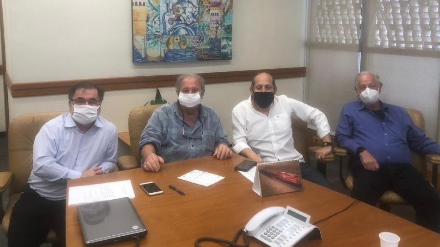 Reunião entre integrantes da chapa Resgate Tricolor - Divulgação