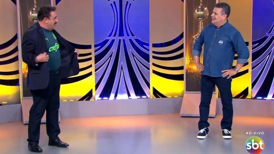 Ratinho aparece em transmissão do SBT com camisa do Palmeiras - Reprodução/SBT
