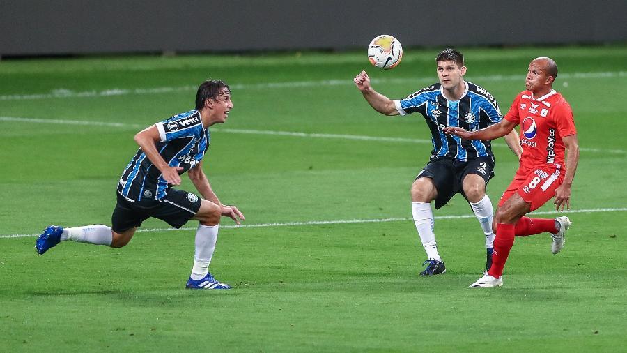 Pedro Geromel e Kannemann ficam fora de duelo com o América-MG - Lucas Uebel/Grêmio FBPA