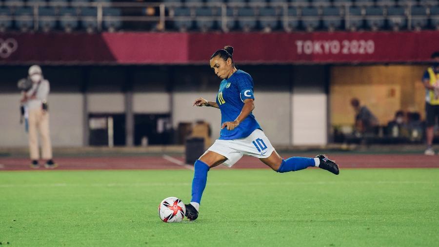 Marta marcou de pênalti na partida entre Brasil e Holanda no futebol feminino, em Tóquio - Sam Robles/CBF