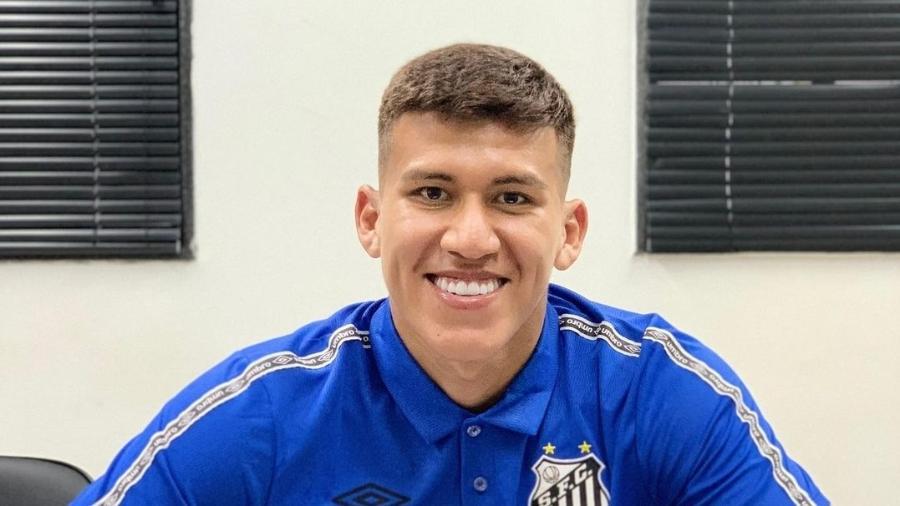 Santos contrata o zagueiro boliviano Leonardo Zabala, de 18 anos - Instagram