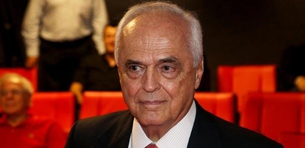 Carlos Augusto de Barros e Silva, o Leco, venceu eleição do São Paulo e ficará no cargo até abril de 2017