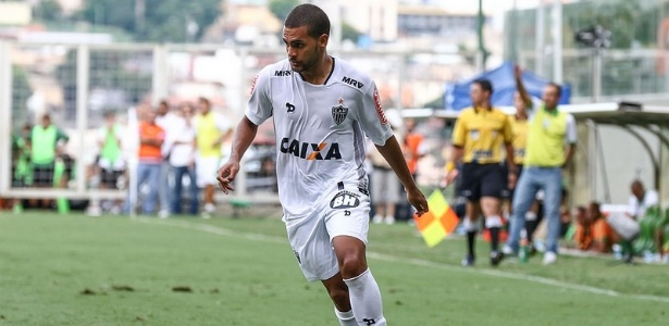 Clayton estreou pelo Atlético-MG com gol, mas não aprovou atuação
