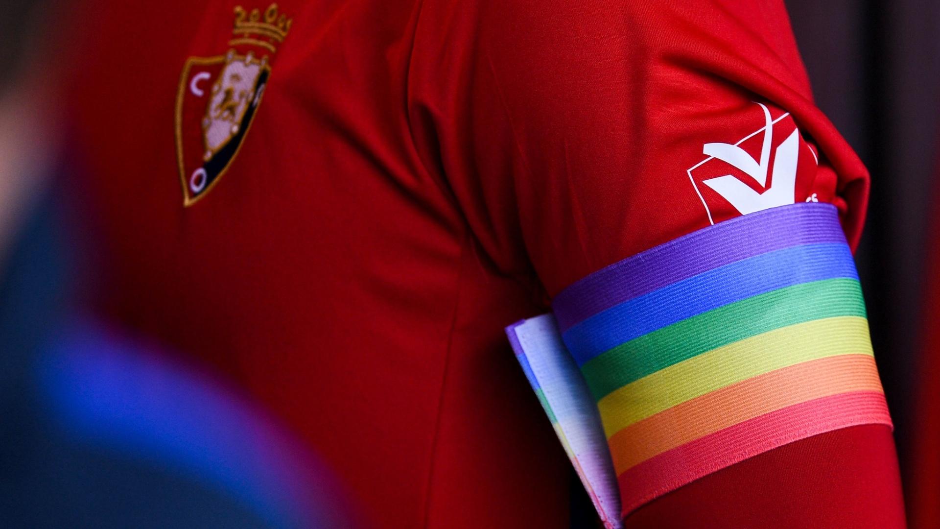 16adff5304 Gay pode