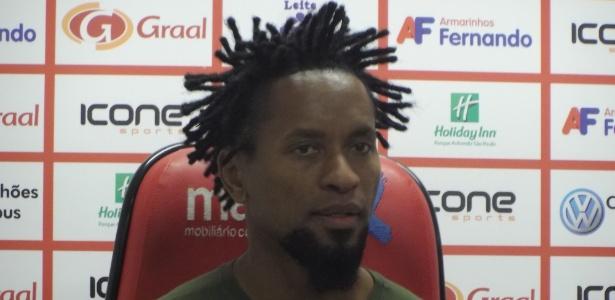Participação na Copa Rubro-Verde pela Lusa foi último ato de Zé Roberto como jogador