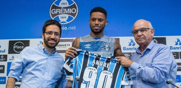 Centroavante ex-Sport assinou até 2021 e usará camisa 90 no Grêmio