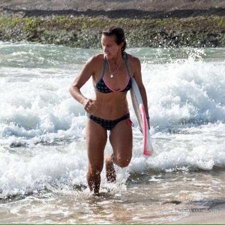 Andrea Lopes superou a anorexia e foi tetracampeã brasileira de surfe - Arquivo Pessoal