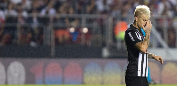 Róger Guedes fica fora do treino e permanência no Atlético-MG parece cada vez mais improvável