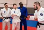 Judô do Paris Saint-Germain recebe campeão protagonista de confusão no UFC