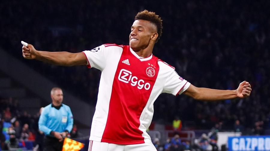 David Neres comemora gol do Ajax sobre a Juventus - Wolfgang Rattay/Reuters