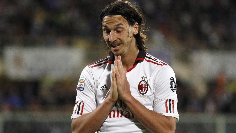 Ibrahimovic escapou de punição em 2011, quando jogava pelo Milan, por blasfemar em campo - Max Rossi/Reuters