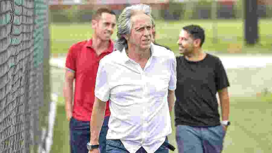 Acompanhado de membros da comissão técnica, Jorge Jesus volta ao Ninho do Urubu, CT do Flamengo - Marcelo Cortes/Flamengo
