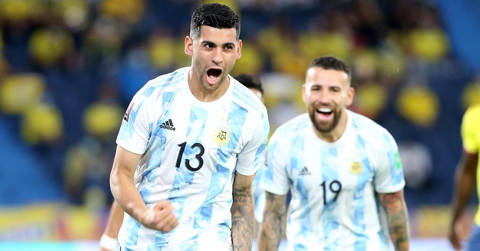 Cristian Romero comemora gol da Argentina contra a Colômbia, nas Eliminatórias