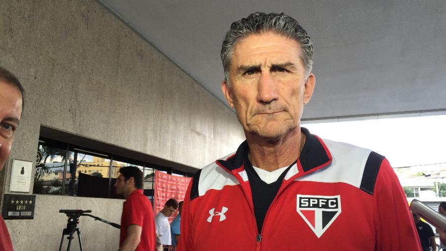 Edgardo Bauza no hotel do São Paulo em Belo Horizonte - Thiago Fernandes/UOL Esporte