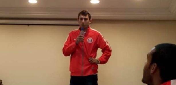 Zagueiro Yonatthan Rak, 22 anos, estava no Inter B desde julho do ano passado - Reprodução/Snapchat