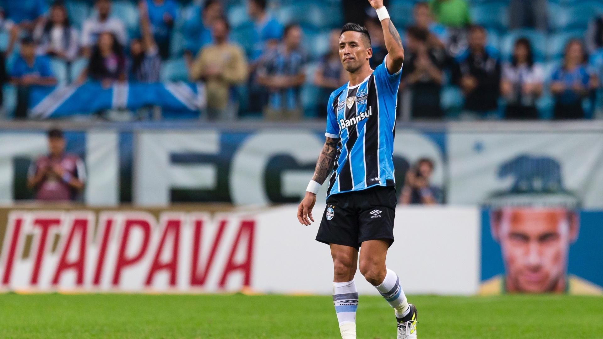 Lucas Barrios brilhou contra o Atlético-PR na Copa do Brasil
