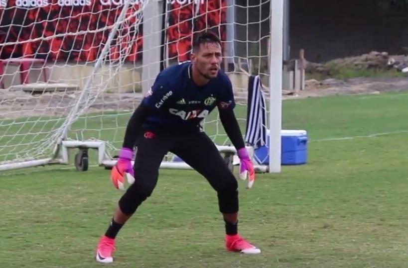 Diego Alves treina pela primeira vez no Flamengo. Preparação para a estreia