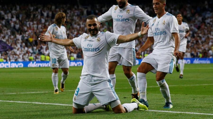 Benzema comemora gol do Real Madrid contra o Barcelona na Supercopa - Juan Medina/Reuters