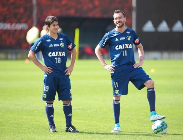 Os meias Darío Conca e Mancuello não ficarão no Flamengo na próxima temporada