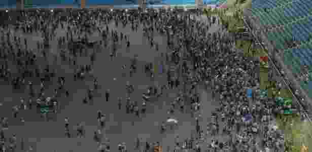 Festa da torcida em Porto Alegre tem volta Olímpica e vibração sem troféu - Marinho Saldanha/UOL