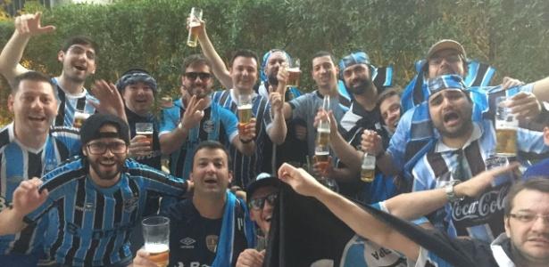 Proibido tomar cerveja nos Emirados? Gremistas dão um jeitinho e 'calibram' antes de final