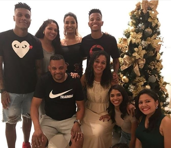 Tchê Tchê passa o Natal em família