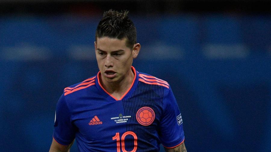James Rodríguez não foi autorizado a completar negociação para deixar o Real Madrid - Juan MABROMATA / AFP