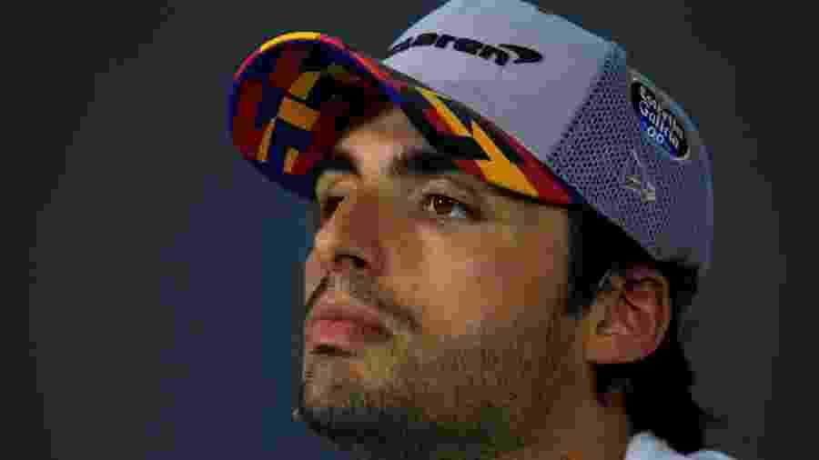 Carlos Sainz Jr. novo contratado da Ferrari, planeja seu futuro na nova equipe e acredita que Alonso deve voltar para a F1  - REUTERS/Vincent Kessler