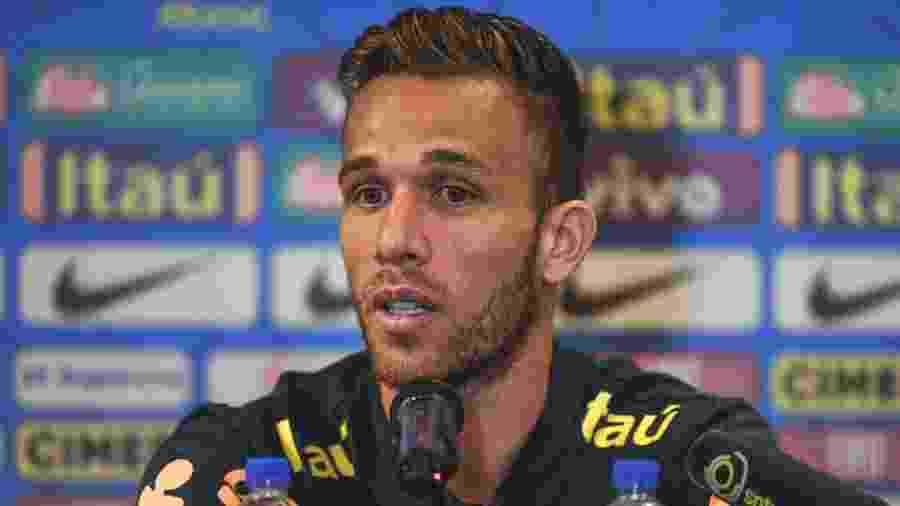 Arthur, durante entrevista coletiva da seleção brasileira -  Pedro Martins / MoWA Press