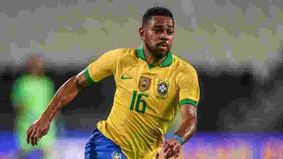 Renan Lodi foi titular da seleção em amistoso contra a Coreia do Sul e deu duas assistências - Pedro Martins/MoWA Press